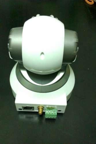 媽咪can智慧手機無線監控系統-攝影機背面